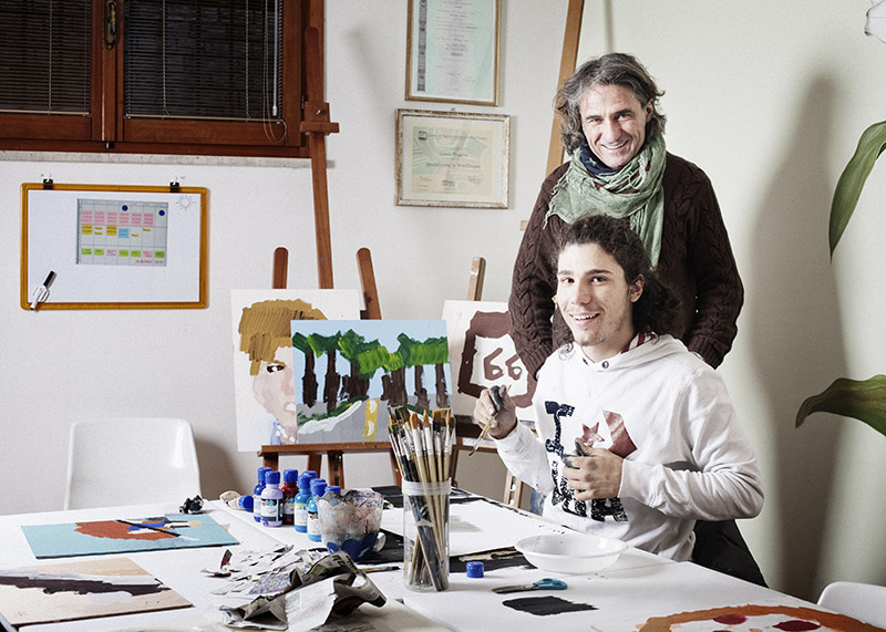 """Franco Antonello (52 anni )fondatore di """"I Bambini delle Fate"""" con suo figlio Andrea (19 anni)"""